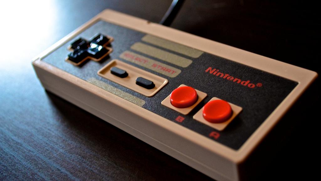 Nintendo Reacquires NES Controller DesignTrademark