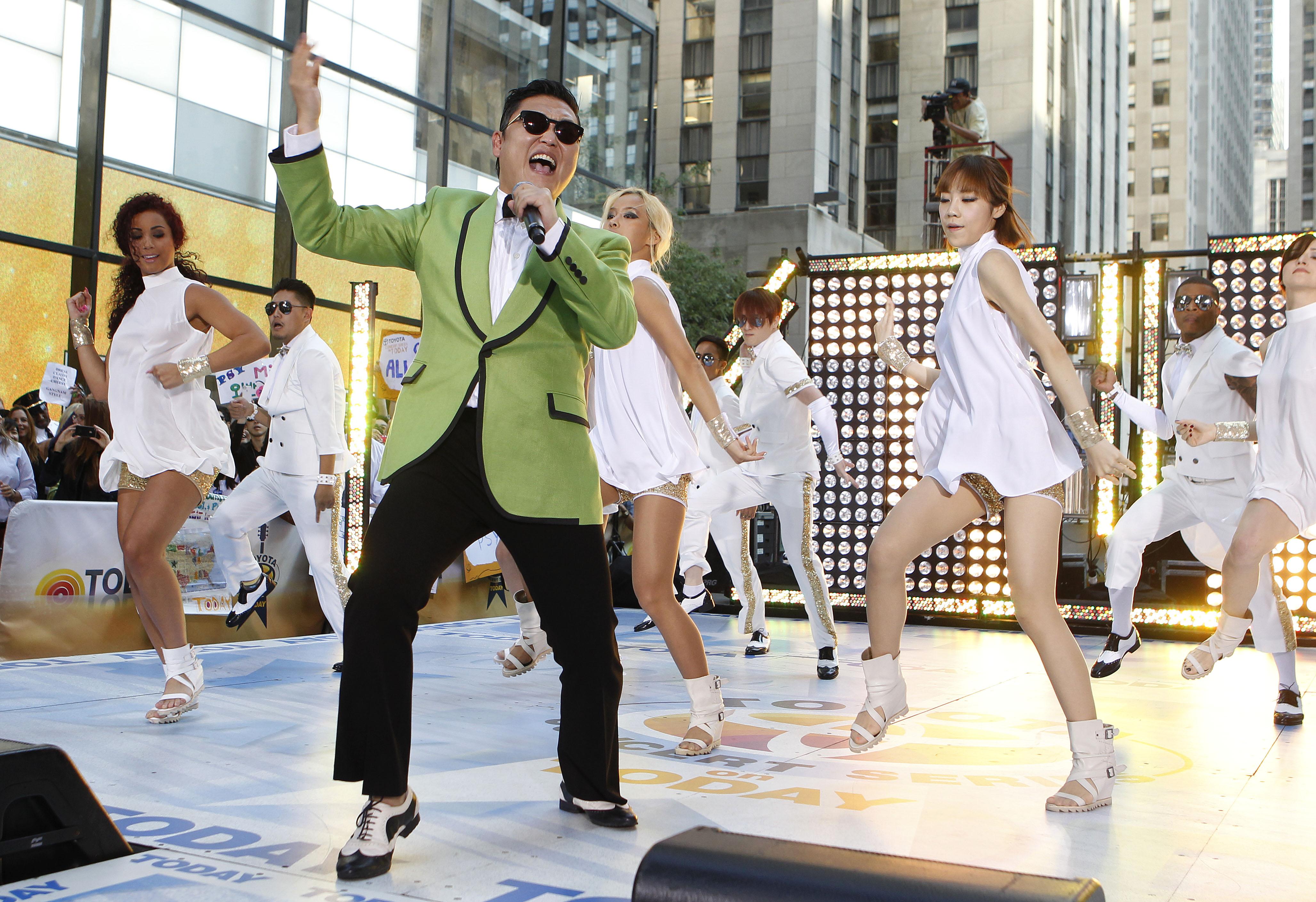 gangym style Hiru tv - on ataka nataka - 2013-08-04 - hora yaka හිරු ටීවී - ඕං ආටක නාටක - 2013-08-04 - හොර යකා.