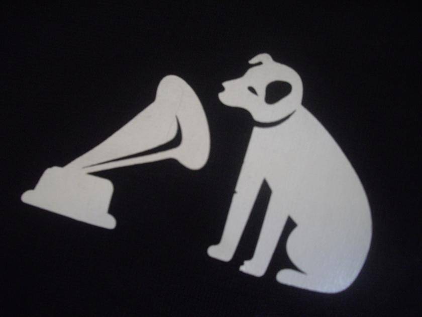 hmv_logo_dog