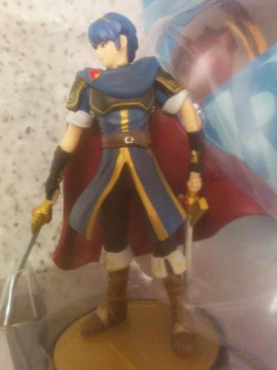 https://sickr.files.wordpress.com/2014/12/marth_double_sword_amiibo.jpg?w=660