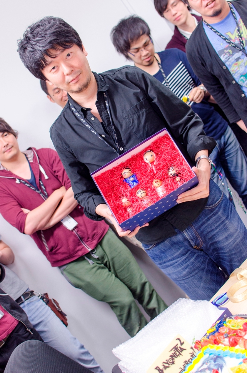 bayonetta_2_team_cake_2