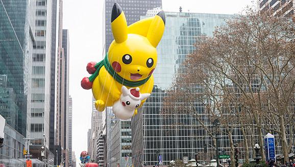 pikachu_thanksgiving_day_parade_balloon