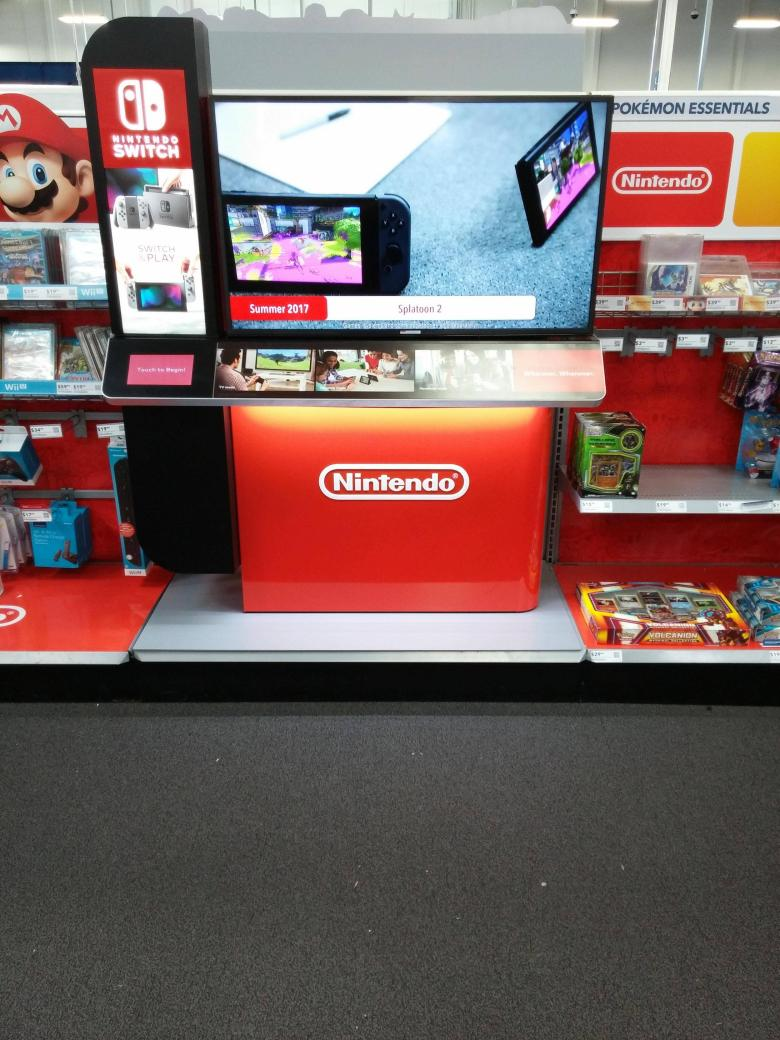 nintendo_switch_interactive_display