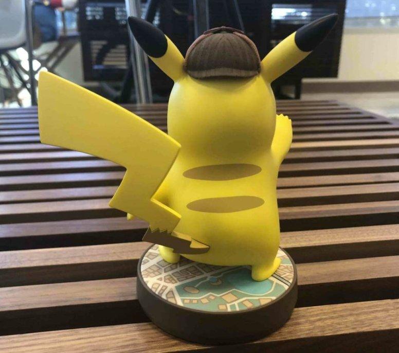 detective_pikachu_amiibo_4